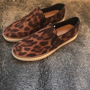 Shoes - 🐆BRAND NEW Cheetah print slip ons 🐆